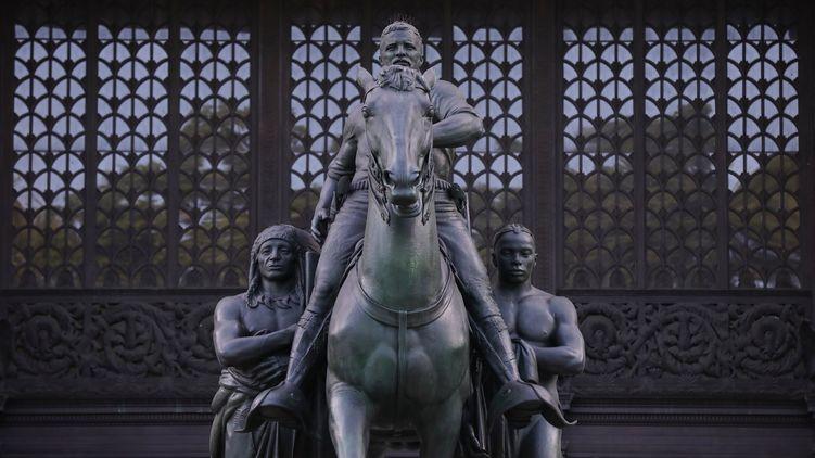 В Нью-Йорке снесут памятник Теодору Рузвельту