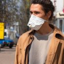 В Киеве водитель троллейбуса избила пассажира за замечение надеть маску