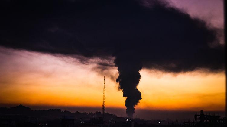 В Киеве зарегистрировали выброс в воздух опасных веществ