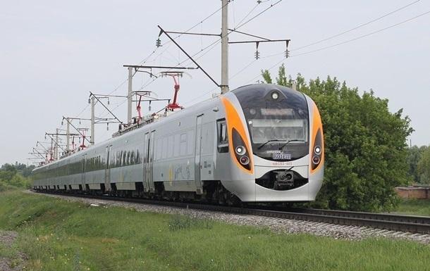 Под Харьковом сломался поезд Интерсити