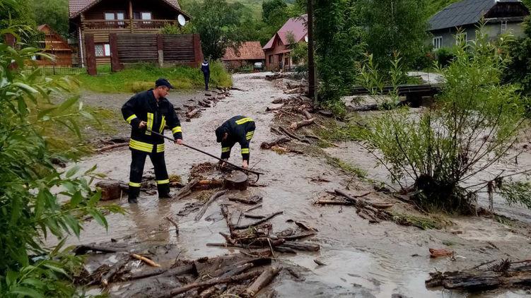 Ливни подтопили несколько сел в Закарпатской области