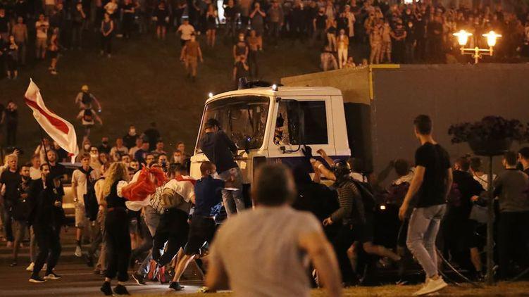 Протесты в Беларуси: забастовку не поддержали, но люди продолжают выходить на улицу