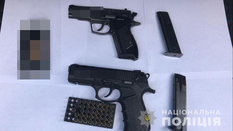 Полиция пресекла торговлю оружием на территории Харькова и в Харьковской области