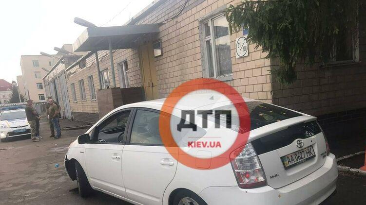 В Киеве пьяный майора сбил сбил трех курсанток
