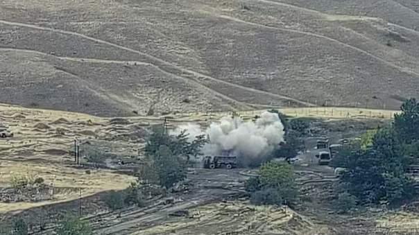 Ситуация вокруг Нагорного Карабаха остается напряженной. Армения и Азербайджан вновь обвиняют друг друга