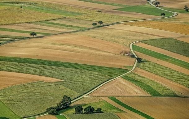 В Украине более 5 млн гектаров земель незаконно вывели в частную собственность