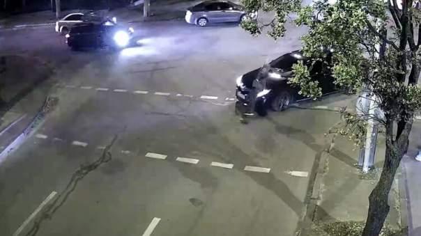 Водитель Toyota сбил женщину на пешеходном переходе