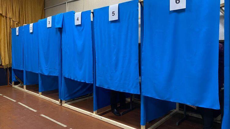 В Луцке после окончания голосования наблюдатель выпрыгнул в окно