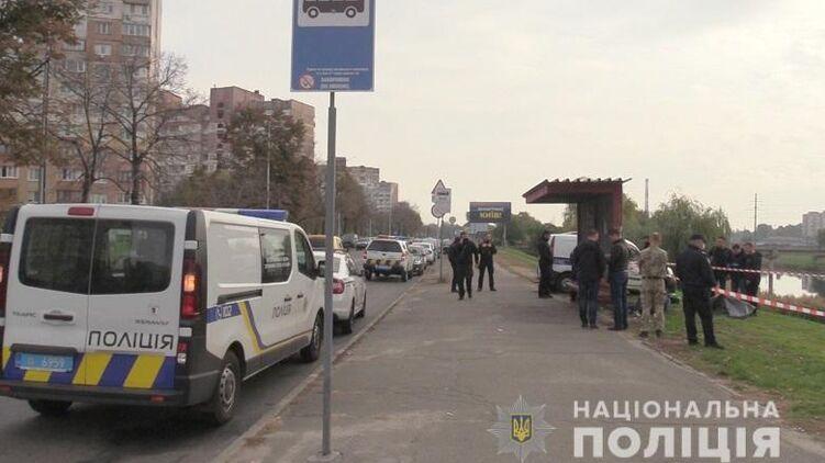 В Киеве мужчина избил и задушил женщину