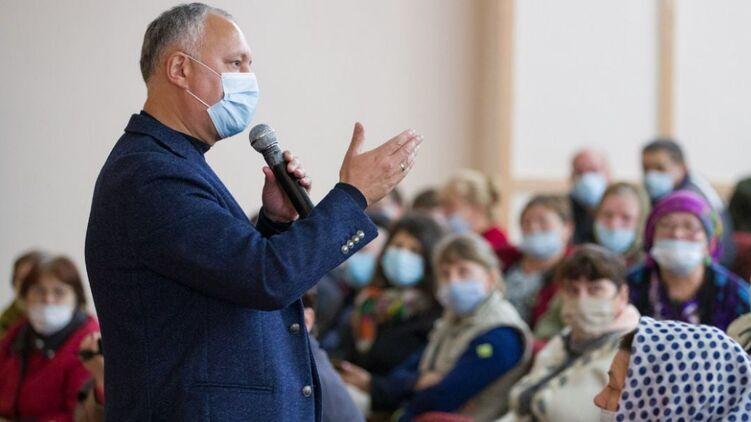 В Молдове стартовал второй тур президентских выборов