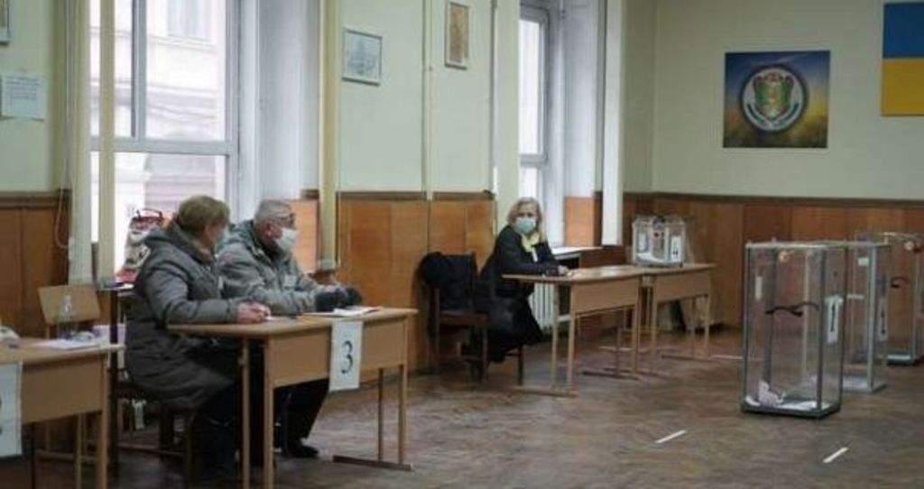 Явка на выборах в Черновцах станет самой низкой в стране