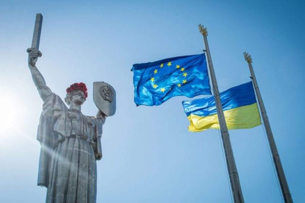 ЕС перенесли проведение Совета ассоциации с Украиной