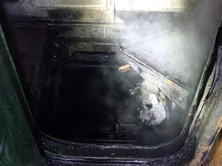 В Николаевской области на полном ходу загорелся поезд