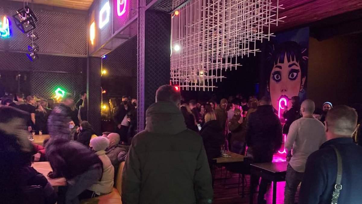 В столице правоохранители закрыли ночной клуб за нарушение карантина