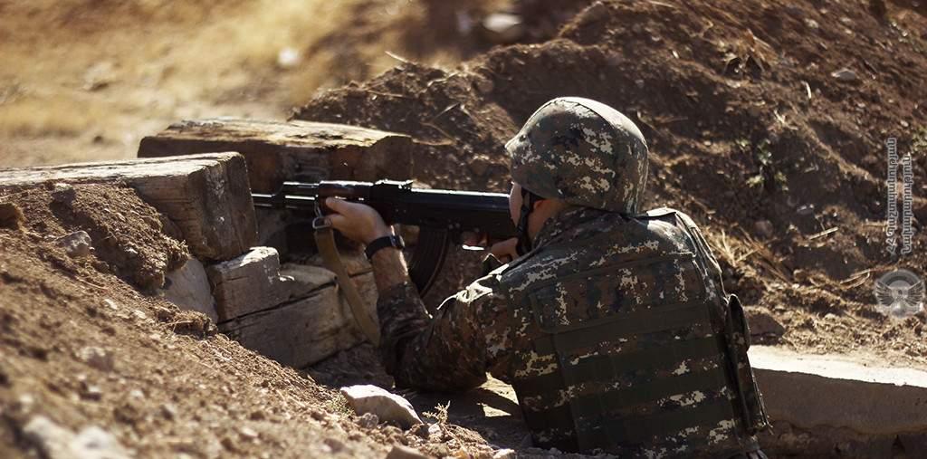Азербайджан возобновил наступление в Карабахе - Минобороны Армении