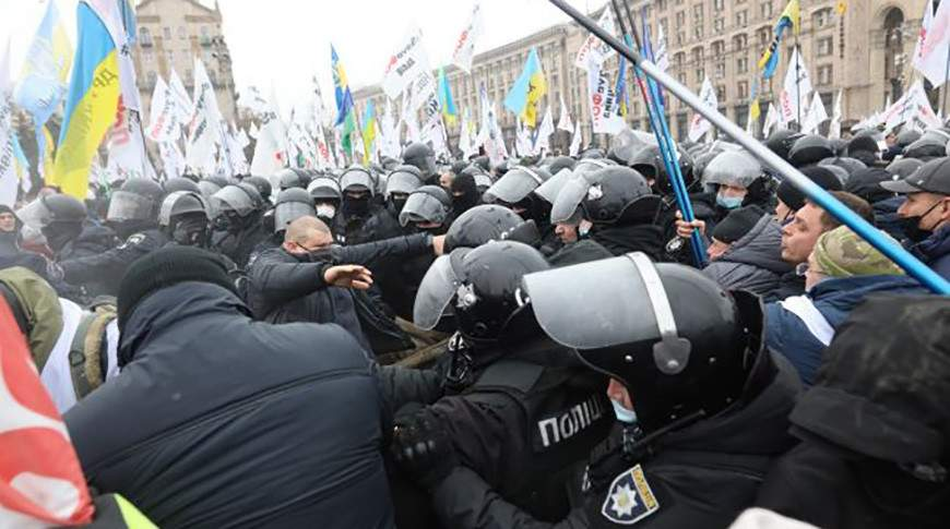 Столкновения силовиков с ФОПовцами вчера - дело рук Авакова и