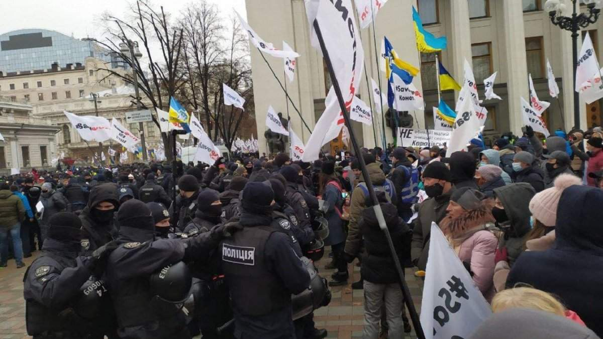 ФОПы будут стоять на Майдане до Нового года