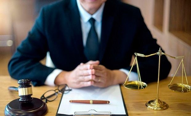 Адвокаты по уголовным и гражданским делам в Екатеринбурге