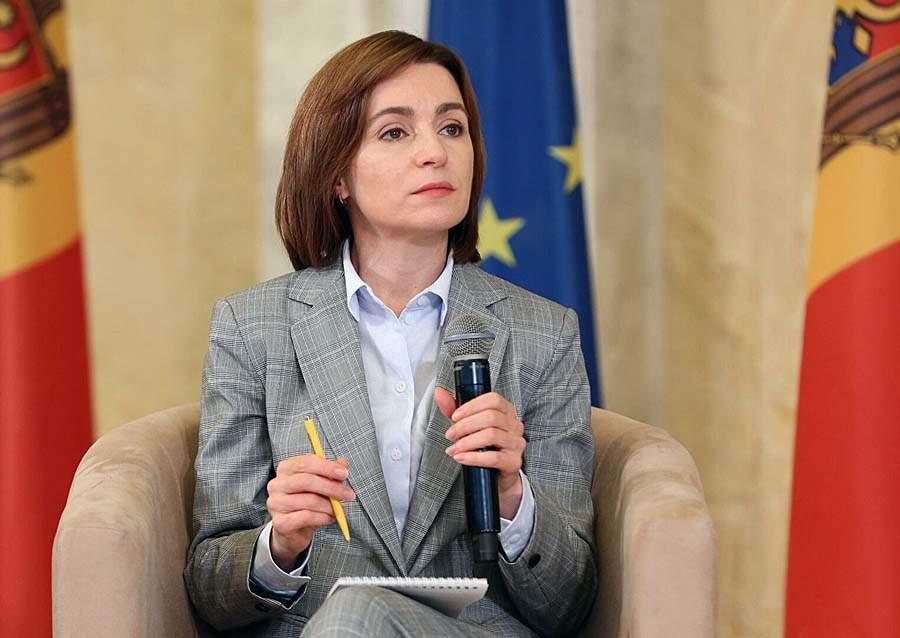 Санду будет обсуждать с Зеленским экономическую блокаду Приднестровья