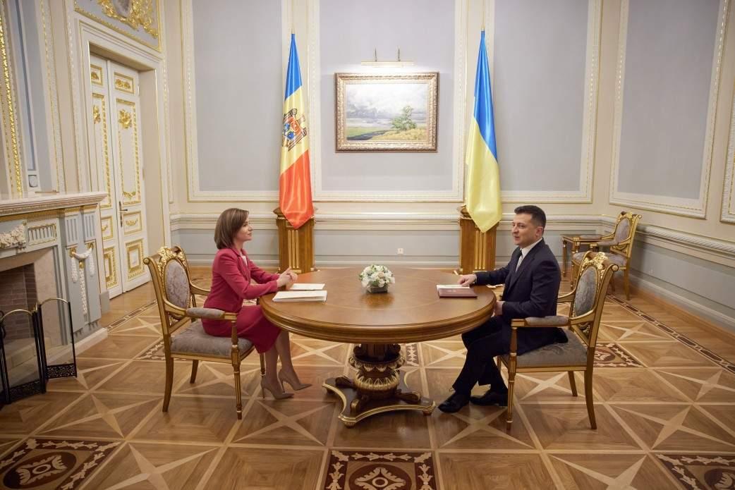 Зеленский встретился с Санду в Киеве