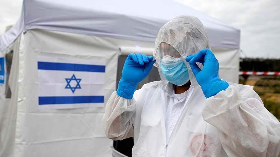 Израиль на неделю закрыл авиасообщение из-за новых штаммов COVID-19