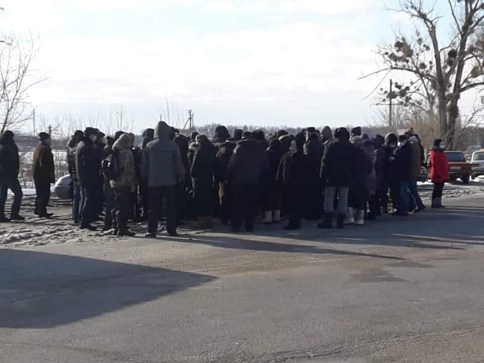 В Лубнах и Мукачево проходят тарифные протесты (ФОТО)