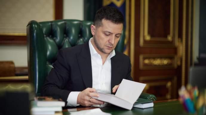 Зеленский назвал причины закрытия трех телеканалов в стране (ВИДЕО)