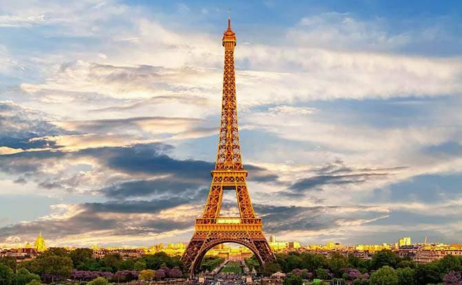 Во Франции Эйфелева башня сменит цвет к Олимпийским играм 2024 года