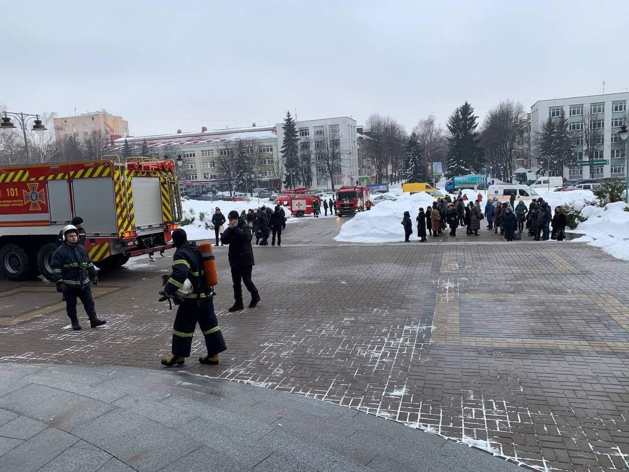 В помещении Ровенской ОГА вспыхнул пожар